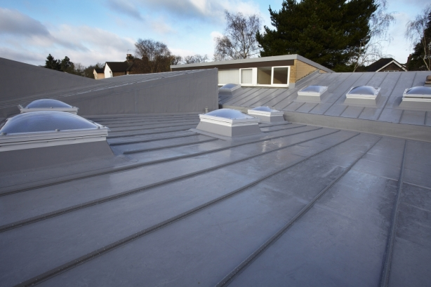 Bituminous membrane waterproofing on roof