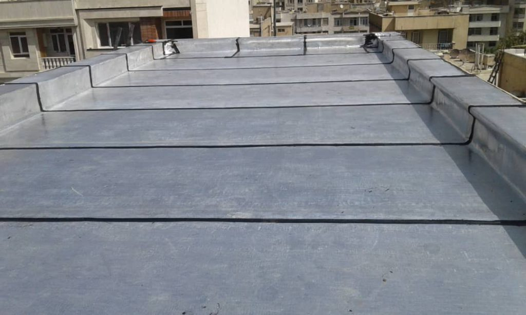 Bituminous membrane roof